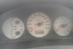 Автомобиль Mazda 323, плохое состояние, 2002 года выпуска, цена 43 000 руб., Санкт-Петербург