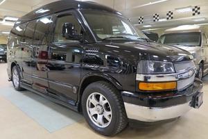 Подержанный автомобиль Chevrolet Express, отличное состояние, 2011 года выпуска, цена 2 090 000 руб., Москва