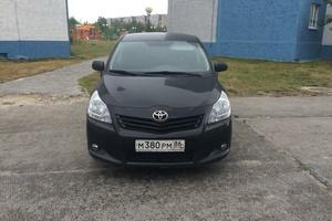 Подержанный автомобиль Toyota Verso, отличное состояние, 2010 года выпуска, цена 700 000 руб., Сургут