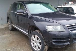 Автомобиль Volkswagen Touareg, отличное состояние, 2006 года выпуска, цена 600 000 руб., Нефтеюганск