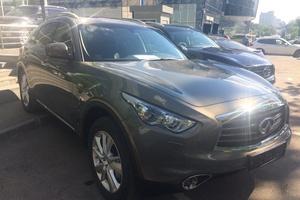 Авто Infiniti QX70, 2017 года выпуска, цена 2 940 000 руб., Москва