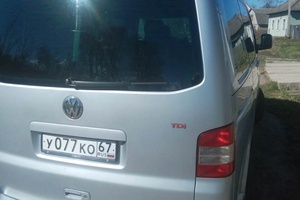 Автомобиль Volkswagen Caravelle, отличное состояние, 2005 года выпуска, цена 650 000 руб., Рославль