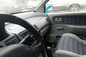 Автомобиль Mitsubishi Space Runner, среднее состояние, 1992 года выпуска, цена 45 000 руб., Великий Новгород