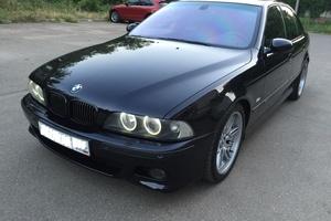 Автомобиль BMW M5, отличное состояние, 2002 года выпуска, цена 2 000 000 руб., Краснодар