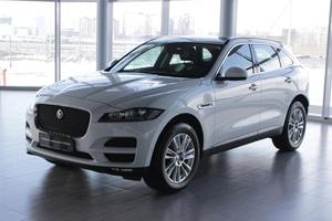 Подержанный автомобиль Jaguar F-Pace, отличное состояние, 2016 года выпуска, цена 3 350 000 руб., Сургут