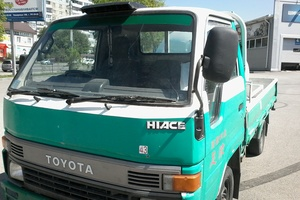Автомобиль Toyota Hiace, хорошее состояние, 1993 года выпуска, цена 350 000 руб., Челябинск