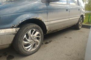 Автомобиль Mitsubishi Chariot, среднее состояние, 1992 года выпуска, цена 70 000 руб., Тюмень