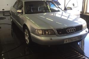 Подержанный автомобиль Audi S8, отличное состояние, 1998 года выпуска, цена 350 000 руб., Иркутская область