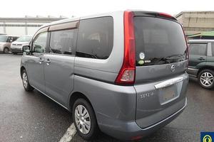 Автомобиль Nissan Serena, отличное состояние, 2009 года выпуска, цена 770 000 руб., Москва