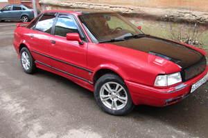 Автомобиль Audi 80, хорошее состояние, 1993 года выпуска, цена 100 000 руб., Киров