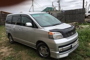 Автомобиль Toyota Voxy, хорошее состояние, 2002 года выпуска, цена 490 000 руб., Иркутск