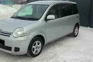 Автомобиль Toyota Sienta, отличное состояние, 2010 года выпуска, цена 504 000 руб., Новосибирск