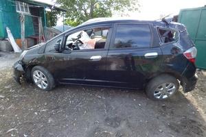 Автомобиль Honda Fit, битый состояние, 2010 года выпуска, цена 130 000 руб., Ростов-на-Дону