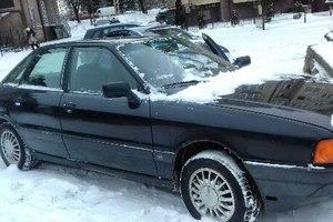 Автомобиль Audi 80, хорошее состояние, 1987 года выпуска, цена 110 000 руб., Калининград