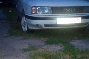 Автомобиль Audi 80, хорошее состояние, 1989 года выпуска, цена 85 000 руб., Волгоград