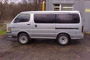 Автомобиль Toyota Hiace, хорошее состояние, 1992 года выпуска, цена 200 000 руб., Тула