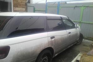 Автомобиль Nissan Avenir, битый состояние, 2001 года выпуска, цена 30 000 руб., Екатеринбург