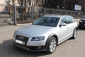 Подержанный автомобиль Audi Allroad, отличное состояние, 2010 года выпуска, цена 920 000 руб., Москва