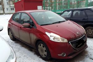 Автомобиль Peugeot 208, отличное состояние, 2013 года выпуска, цена 680 000 руб., Волгодонск