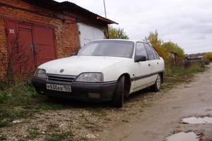 Автомобиль Opel Omega, хорошее состояние, 1988 года выпуска, цена 45 000 руб., Сергиев Посад
