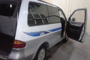 Автомобиль Nissan Largo, хорошее состояние, 1997 года выпуска, цена 230 000 руб., Ярославль