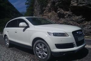 Автомобиль Audi Q7, хорошее состояние, 2007 года выпуска, цена 1 150 000 руб., Краснодар