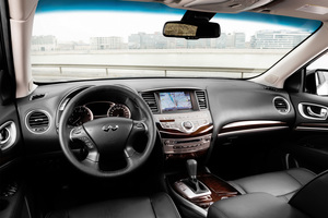 Автомобиль Infiniti JX-Series, отличное состояние, 2013 года выпуска, цена 2 000 000 руб., Смоленск