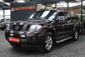 Авто Nissan Navara, 2010 года выпуска, цена 849 000 руб., Калининград