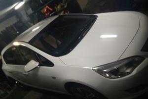 Подержанный автомобиль Opel Astra, хорошее состояние, 2011 года выпуска, цена 460 000 руб., Сургут