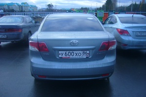 Подержанный автомобиль Toyota Avensis, отличное состояние, 2010 года выпуска, цена 800 000 руб., Нягань