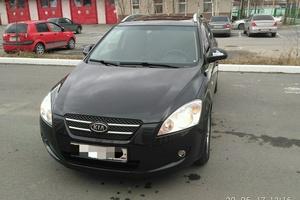 Подержанный автомобиль Kia Cee'd, битый состояние, 2009 года выпуска, цена 400 000 руб., Сургут