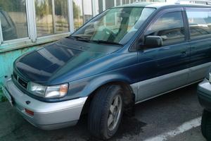 Автомобиль Mitsubishi Chariot, хорошее состояние, 1993 года выпуска, цена 150 000 руб., Хабаровск