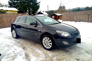 Автомобиль Opel Astra, отличное состояние, 2011 года выпуска, цена 590 000 руб., Смоленская область