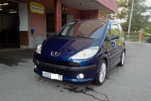 Автомобиль Peugeot 1007, отличное состояние, 2005 года выпуска, цена 350 000 руб., Москва