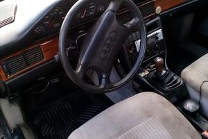 Автомобиль Audi 100, хорошее состояние, 1984 года выпуска, цена 55 000 руб., Воронеж