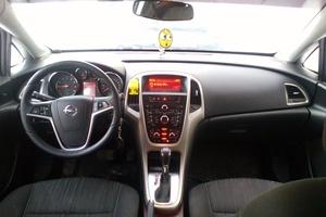Подержанный автомобиль Opel Astra, отличное состояние, 2011 года выпуска, цена 520 000 руб., Ханты-Мансийск