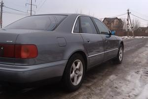 Подержанный автомобиль Audi A8, хорошее состояние, 1998 года выпуска, цена 200 000 руб., Чехов