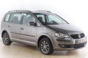 Авто Volkswagen Touran, 2008 года выпуска, цена 550 000 руб., Воронеж