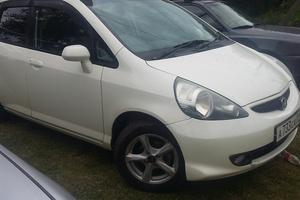 Автомобиль Honda Fit, хорошее состояние, 2007 года выпуска, цена 250 000 руб., Краснодар