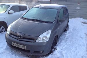 Автомобиль Toyota Corolla Verso, хорошее состояние, 2006 года выпуска, цена 400 000 руб., Челябинск