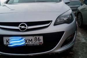 Подержанный автомобиль Opel Astra, отличное состояние, 2012 года выпуска, цена 600 000 руб., Нижневартовск