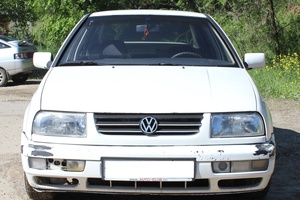 Автомобиль Volkswagen Vento, среднее состояние, 1993 года выпуска, цена 80 000 руб., Волгоград