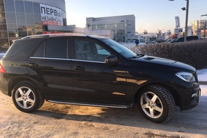 Автомобиль Mercedes-Benz M-Класс, отличное состояние, 2014 года выпуска, цена 2 750 000 руб., Челябинск