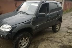 Подержанный автомобиль Chevrolet Niva, отличное состояние, 2013 года выпуска, цена 470 000 руб., Кашира