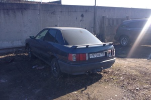 Автомобиль Audi 80, битый состояние, 1989 года выпуска, цена 45 000 руб., Санкт-Петербург