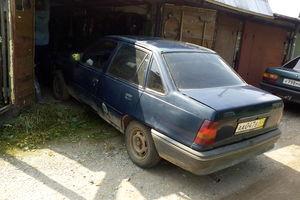 Автомобиль Opel Kadett, среднее состояние, 1986 года выпуска, цена 25 000 руб., Кирово-Чепецк