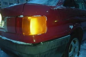 Подержанный автомобиль Audi 80, битый состояние, 1989 года выпуска, цена 35 000 руб., Санкт-Петербург