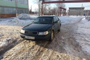 Автомобиль Audi 100, хорошее состояние, 1993 года выпуска, цена 130 000 руб., Кировская область