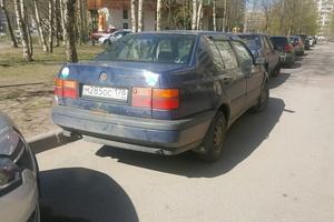 Автомобиль Volkswagen Vento, среднее состояние, 1993 года выпуска, цена 45 000 руб., Санкт-Петербург