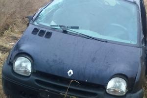 Автомобиль Renault Twingo, битый состояние, 2002 года выпуска, цена 50 000 руб., Калининград